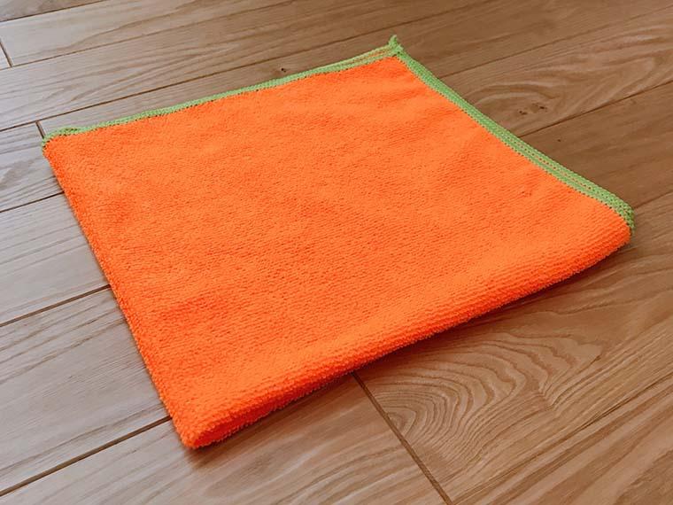 マイクロファイバー製のタオル